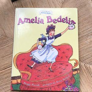 Other - Amelia Bedilia Book